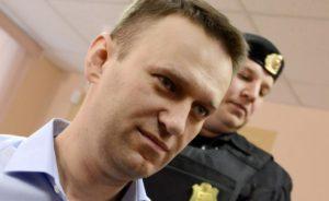 655-402-osydiha-aleksej-navalni-na-5-godini-zatvor