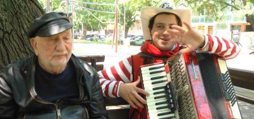 """Войнишки разкази – """"Уличният крал на акордеона"""""""