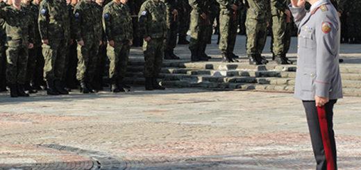 10 - командир на 61-ва бригада