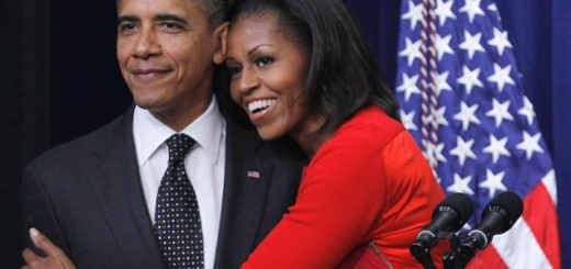 Michelle-Obama-and-Barack-Obama-share-a-hug