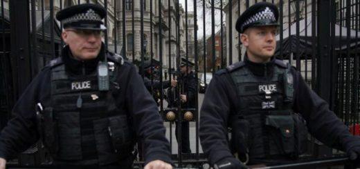 UK-policiia-london