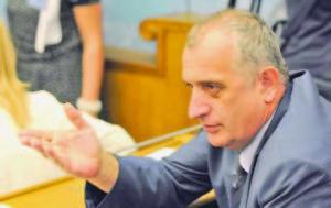 Новият посланик на Сърбия в Скопие Раде Булатович е противоречива фигура
