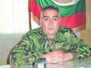 Подполковник Славчо Колев като командир на полигон 'Корен'  Фото авторът