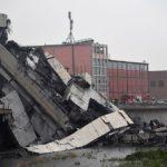 Мост на автомагистрала рухна край Генуа - българки се разминаха на косъм