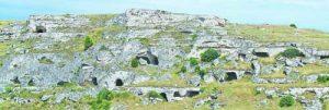 Пещерите са били дом на хората още от праисторически времена Фото авторът