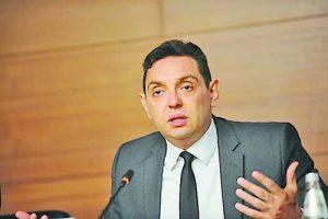 Александър Вулин е един от най-близките хора на президента Вучич