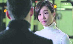 Кадър от южнокорейския сериал 'Айрис' с Оливия Ченг и Джилиан Харт в главните роли