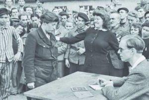 Разпознаване на информатори на Гестапо, Германия 1945