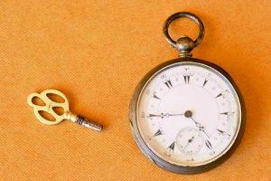 Часовникът на Ботев, предаден от д-р Странски на Венета – единственото материално наследство, което Войводата оставя на семейството си