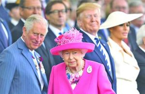 Британската кралица Елизабет Втора нарече военното поколение от десанта в Нормандия 'жилаво'. Фото ЕПА