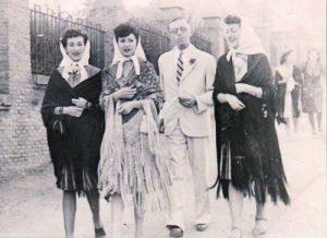 Димитър Димов с Кармен Сунига и нейни приятелки. Испания 13 юни 1943