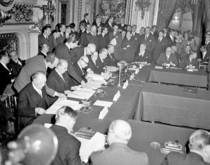 european-defense-community-treaty-signed-in-paris-ma7-27-1952-fff8f1