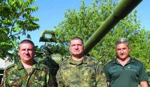 4- Komandirite na batalioni