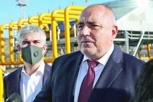 На 1 януари премиерът Бойко Борисов бе в Петрич, за да 'посрещне' азербайджанския газ. До него е шефът на 'Булгартрансгаз' Владимир Малинов