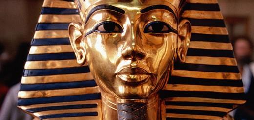 maska-tutankamon