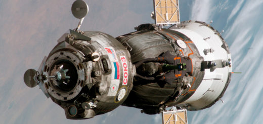 Soyuz_TMA-6_spacecraft