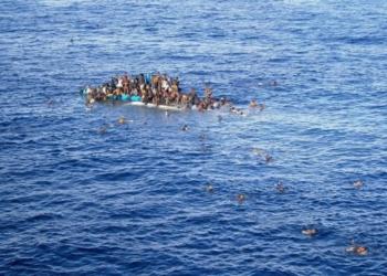 Близо 5000 мигранти нелегално влязоха от Мароко в испанския анклав Сеута