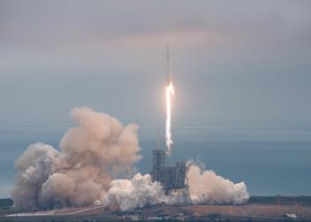 """""""Спейс екс"""" изстреля третия си екипаж към МКС"""