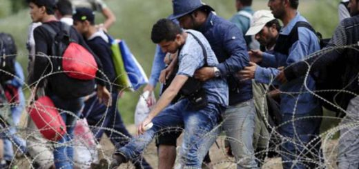 migrants_try_to_cross_greeces_border_with_macedonia