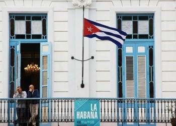 Кубинското посолство в Париж е било нападнато с коктейли Молотов
