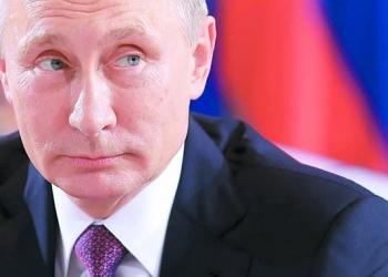 Знаменитости от цял свят поискаха от Путин Навални да получи медицинска помощ