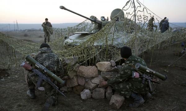 Примирието в Донбас масово се нарушава