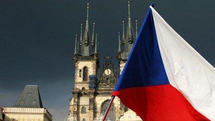 Чехия зове съюзниците също да гонят шпиони