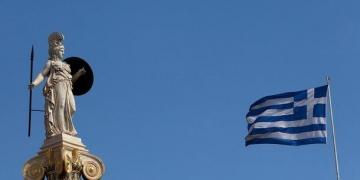 Гърция замрази ратификацията на няколко меморандума по Преспанския договор