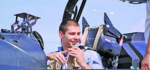 VVS-mladi piloti