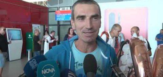 Капитан II ранг Тодор Димитров, който завърши най-тежкия маратон в света се завърна в България