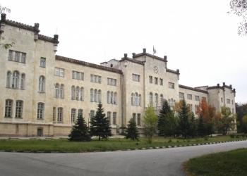 Във Военна академия приемат документи на кандидат-студенти до 3 септември