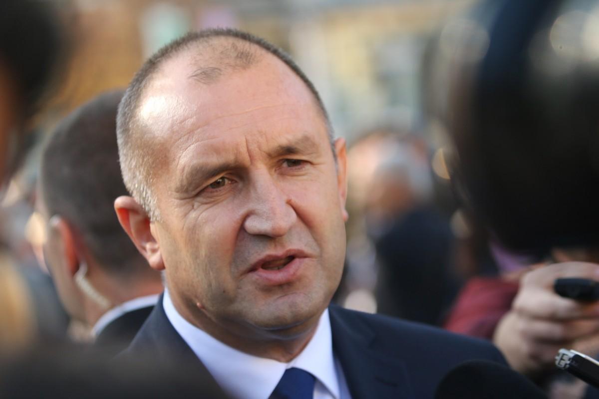 Президентът Румен Радев ще посети село Руня и Дряновския манастир