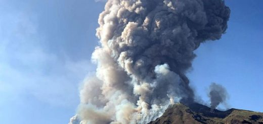 vulkan_ indonezia