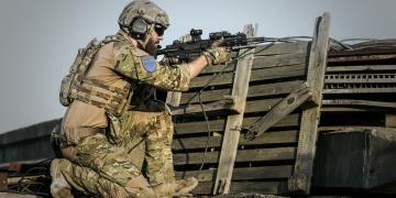 Азербайджан е разменил 15 арменски военнопленници срещу карта с местоположението на противопехотни мини