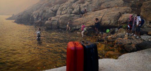 greece_pozar_Lesbos_migranti