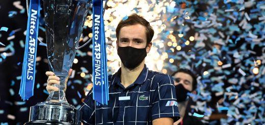 Даниил Медведев спечели титлата на финалния турнир на АТП в Лондон