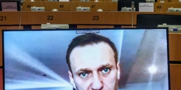Белият дом заплаши Москва с последствия, ако Навални умре в затвора