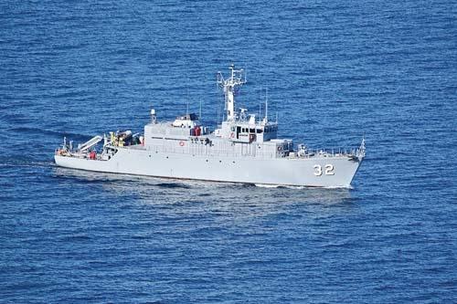 ВМС продължават операцията по издирване на катастрофиралия изтребител МиГ-29 в Черно море