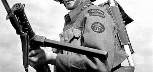 канадски войник с ланчесер