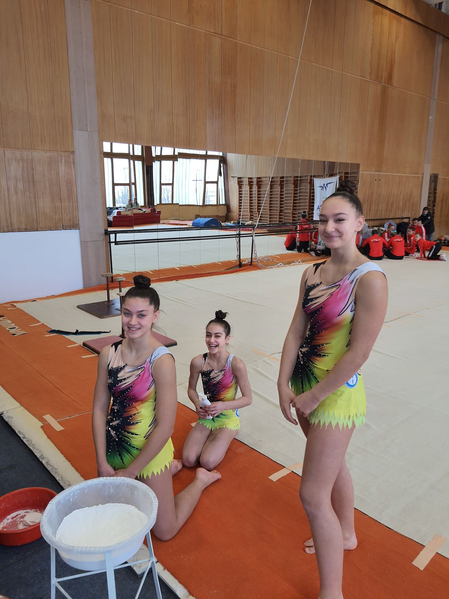 Тройката ни жени се надява на медали на Световната купа по Акробатика в София