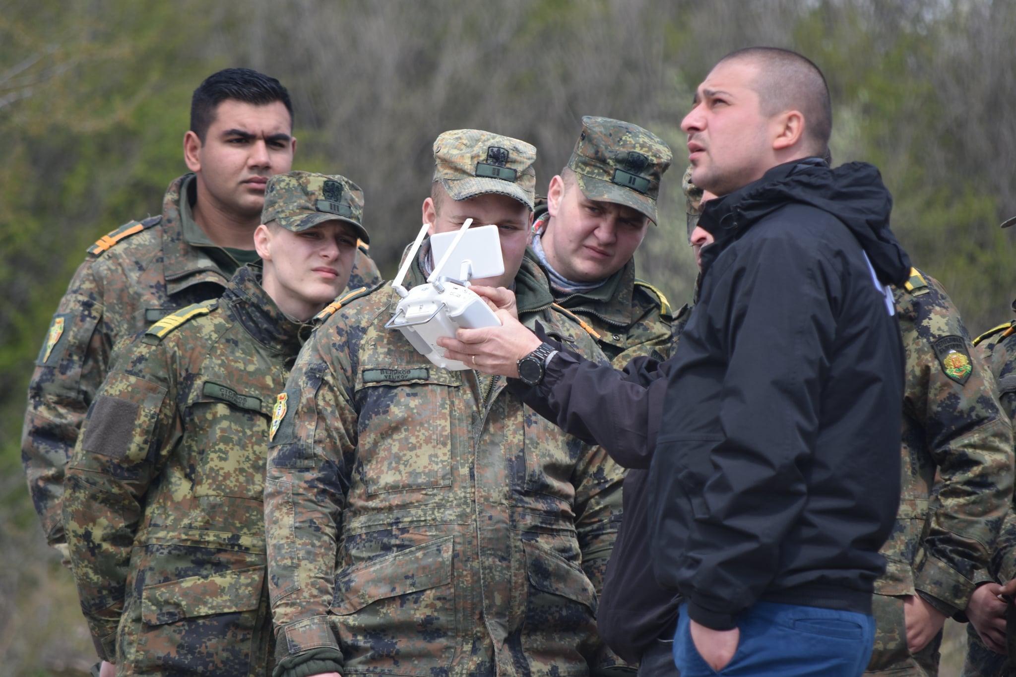 "Два дрона получи Националният военен университет ""Васил Левски"""