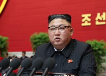 """Ким Чен-ун предупреди за """"тежки времена"""" пред Северна Корея"""