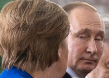 Кремъл: Меркел и Путин изразиха загриженост заради напрежението в Източна Украйна
