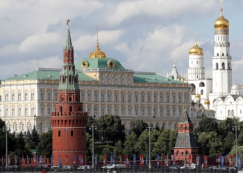 Кремъл обяви, че изгонването на руски дипломати от мисията към НАТО подкопава надеждите за диалог