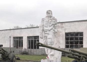 Празник на танковите войски - железният юмрук на Българската армия