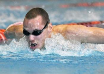 Антъни Иванов отпадна в сериите на 200 м бътерфлай