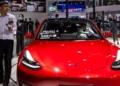 Tesla спря покупката на коли с биткойни