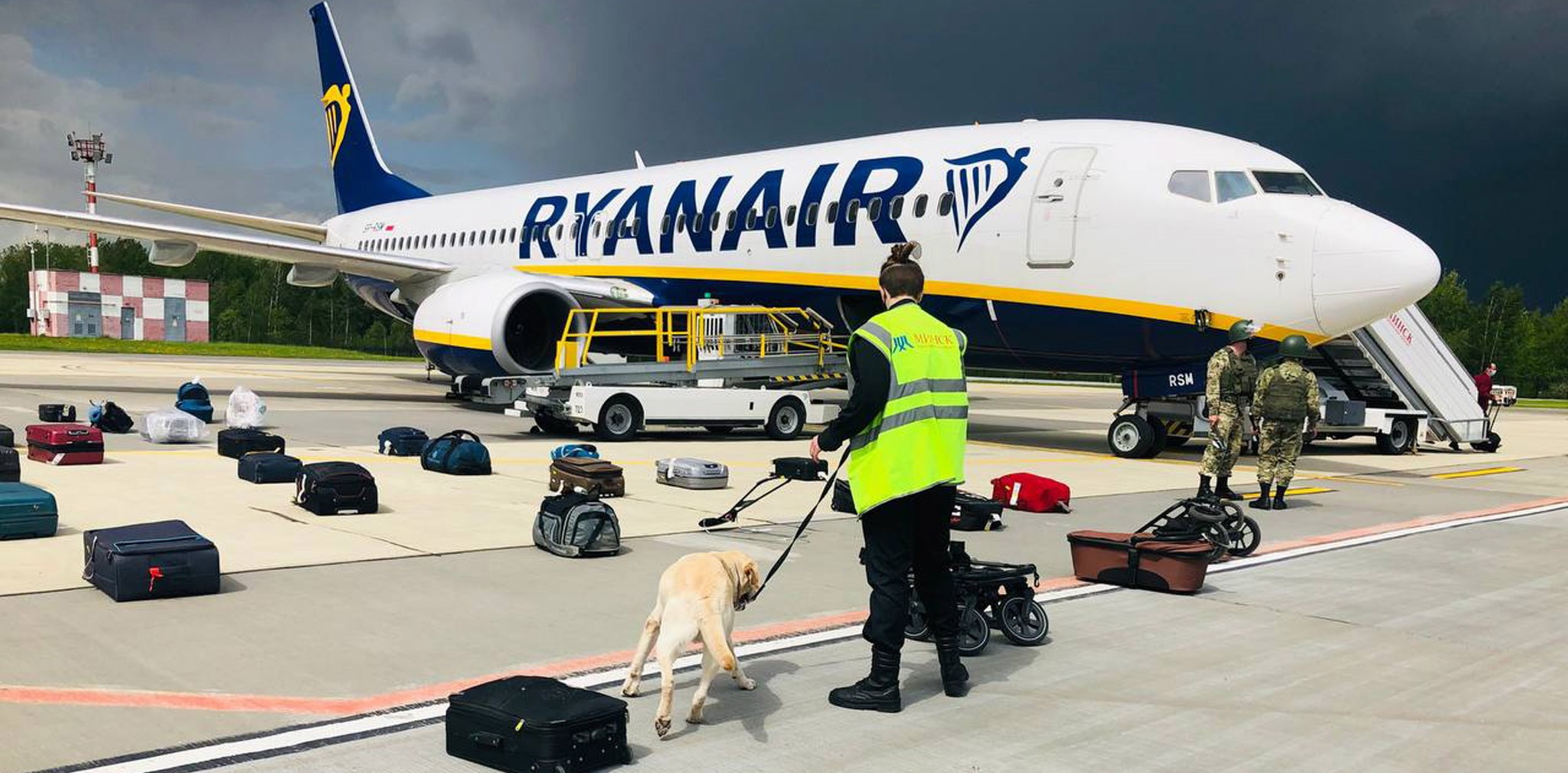"""Столтенберг: Русия е намесена в принудителното кацане на самолета на """"РаянЕър"""""""