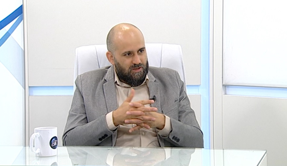д-р Мартин Табаков