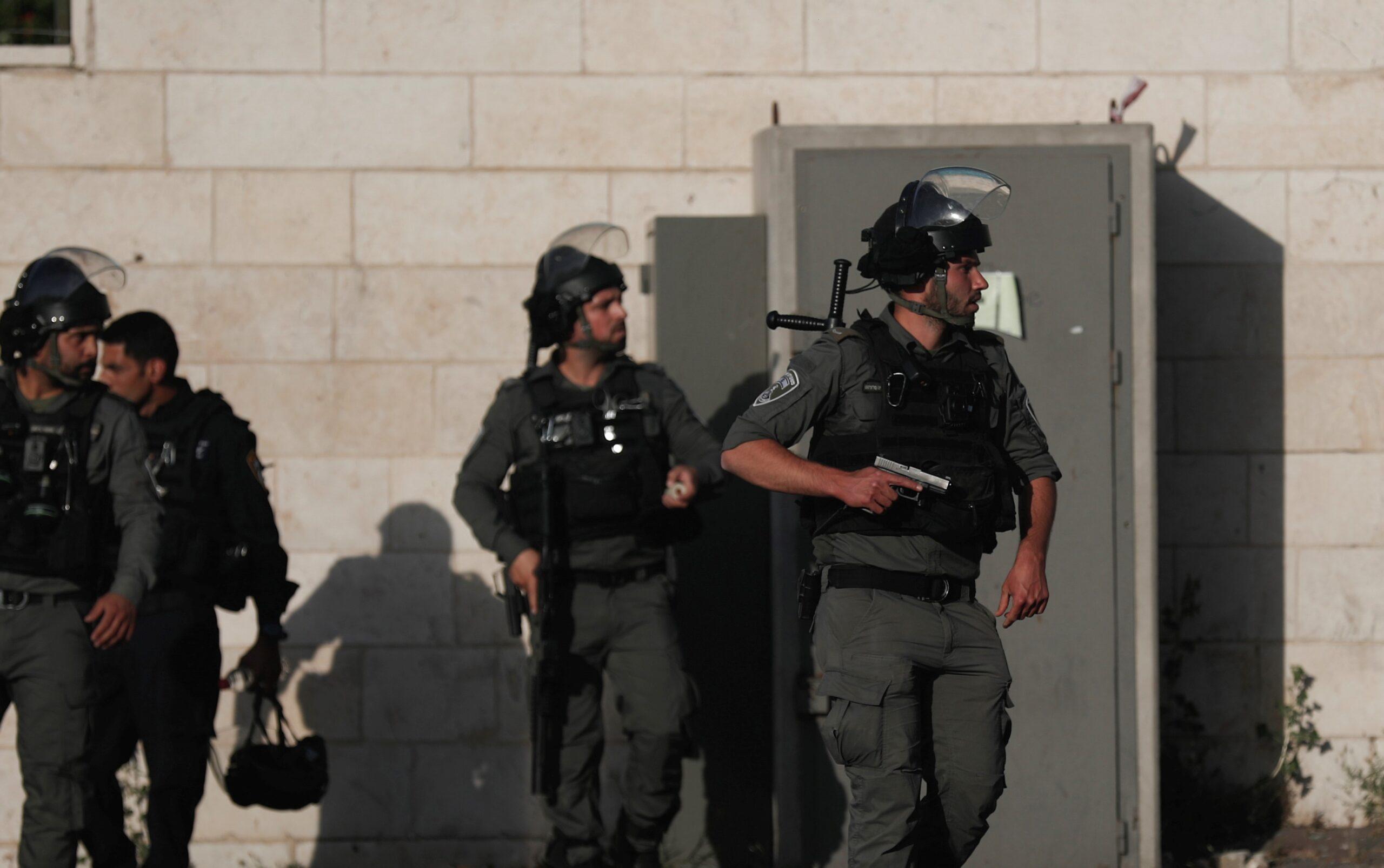 Над 1400 палестинци са пострадали в сблъсъци с израелската полиция на Западния бряг